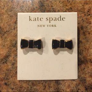 Beautiful kate spade bow earrings - like new